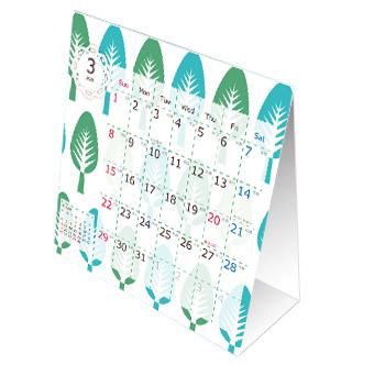 折り畳みの卓上カレンダーなら場所も選ばないのでオフィスの机に置けます。